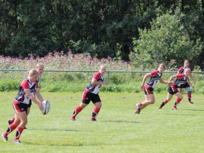 Die Marburger Ruggerinnen bleiben auch am 2. Spieltag der Regionalliga West ungeschlagen und ohne Gegenpunkte.