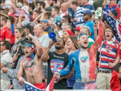 Wie sehr sich Amerikaner für Rugby begeistern können, kann man jedes Jahr bei den USA Sevens sehen.