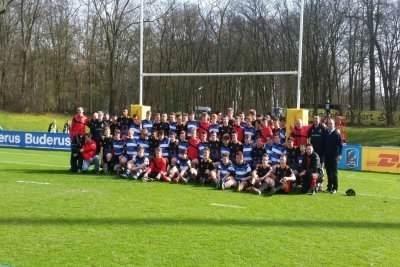 DIe U16-Nationalmannschaft mit den Spielern aus dem englischen Bath.