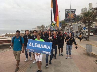 Unsere Siebener-Jungs bei der Parade entlang der Promenade des chilenischen Ferienortes Viña del Mar