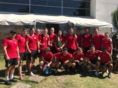 Die deutschen Siebener-Jungs vor einer Trainingseinheit in Uruguay.