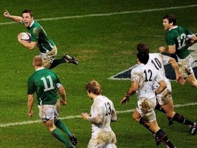 Gelingt es Irland das Kunststück von 2011 zu wiederholen? Damals kam England ebenso mit Grand Slam Ambitionen nach Dublin und kassierte eine Abfuhr!