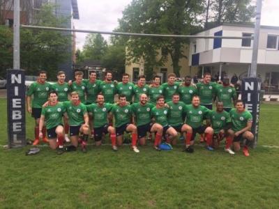 Stolze Luxemburger nach dem ersten Sieg in der Bundesliga! Foto (c) RCL Facebook