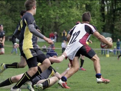 Die aufmerksame Verteidigung sicherte Aachen die Tabellenführung im Derby gegen den ASV. Foto (c) Schmitz / 68 Pix